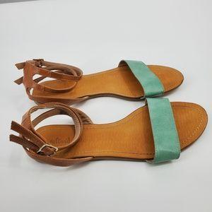 Altar'd State 2 buckle summer sandal